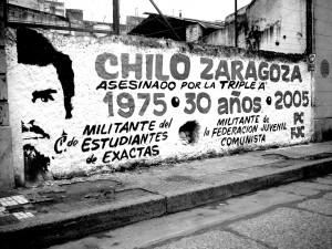 Una pintada en homenaje, sobre calle Urquiza, algunos años atrás.