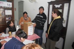 11 de julio-elecciones en el Iosper-Muntes-escuela normal-Urquiz 004