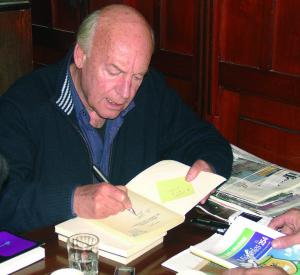 Eduardo Galeano, en la entrevista con El Miércoles, en 2008.
