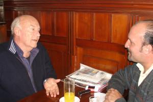 """El autor de """"Memoria del fuego"""" en diálogo con El Miércoles."""