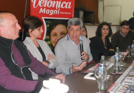 3 de agosto-De Gennaro con Vero y Américo 031-va-tapa