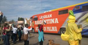 Gchú-protesta docente contra Scioli-3
