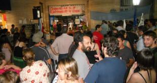 Desde el 2012 hubo una fuerte movida de la sociedad en apoyo a los artesanos para evitar la entrega. (Foto: Archivo El Miércoles Digital).