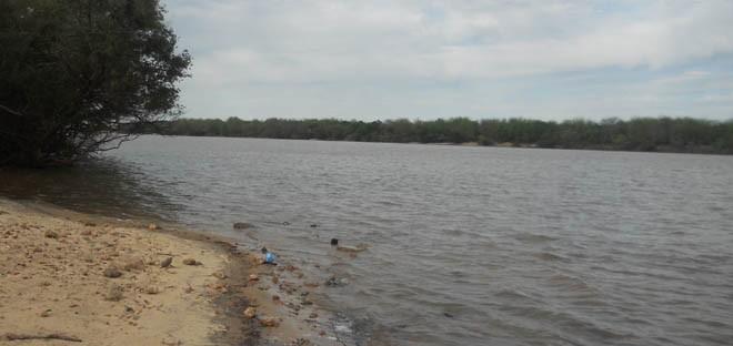 El río Uruguay continúa creciendo. (Foto: El Miércoles Digital).